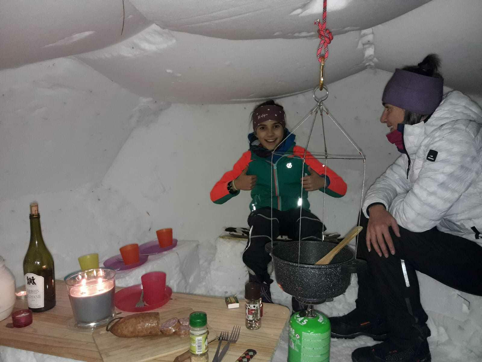 fondue_igloo_ski_backcountry  Ⓒ