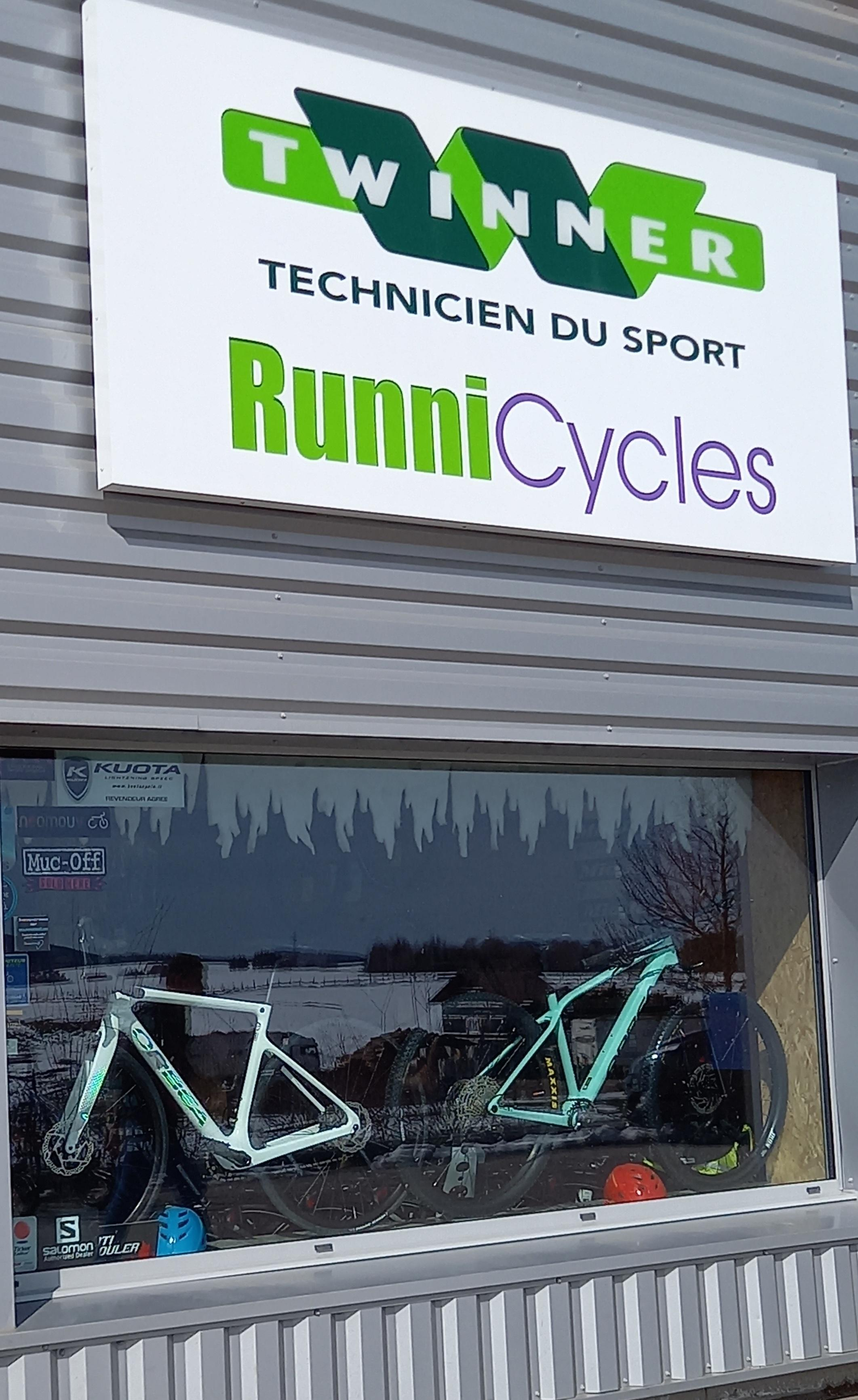 RUNNICYCLES1  Ⓒ  JOLY Jean François